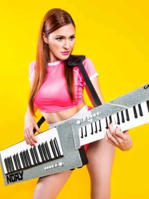Nomi Abadi with Nory Keytar
